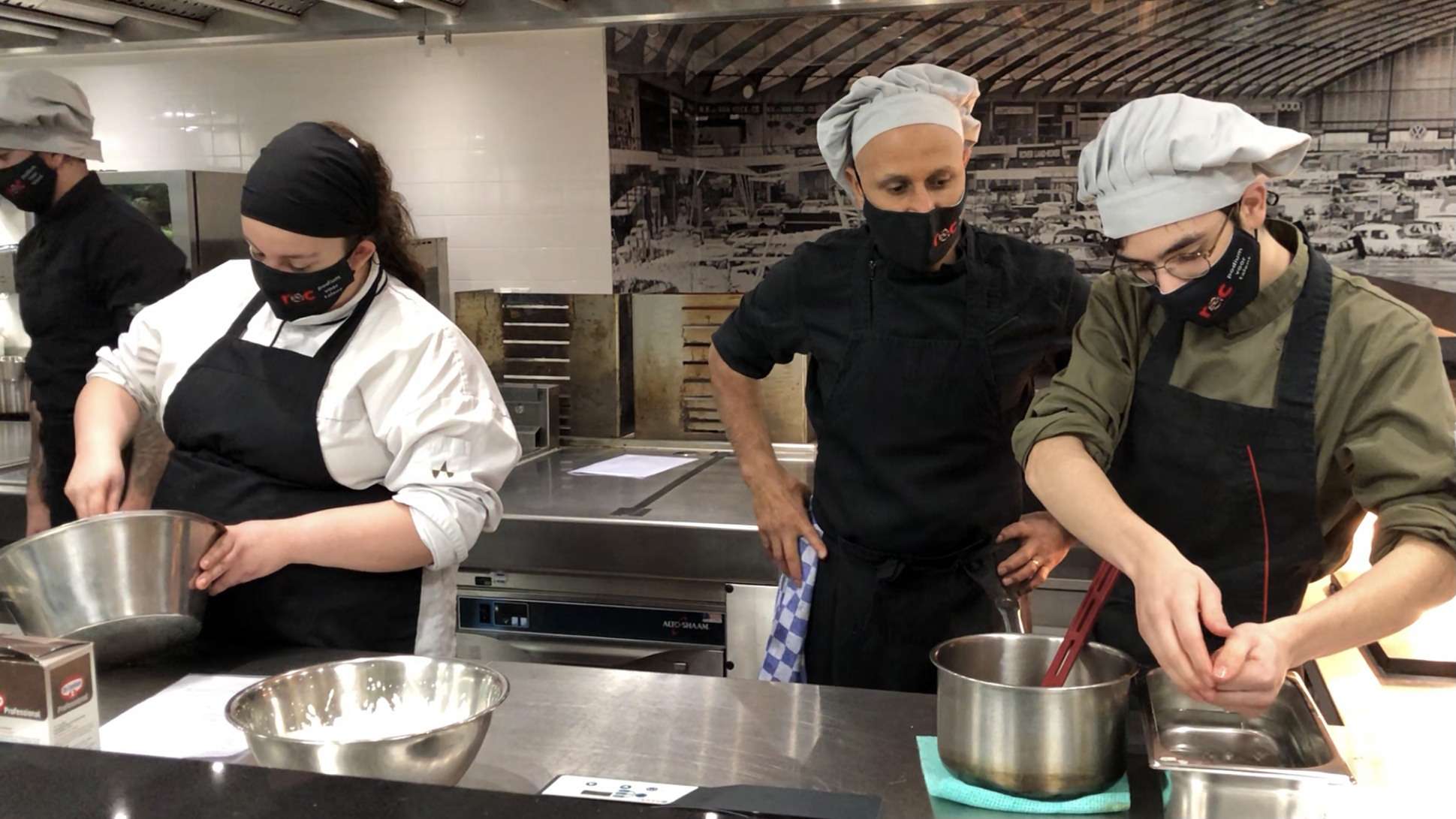 RAI Amsterdam cooks up kitchen space for catering students and hot meals for the homeless